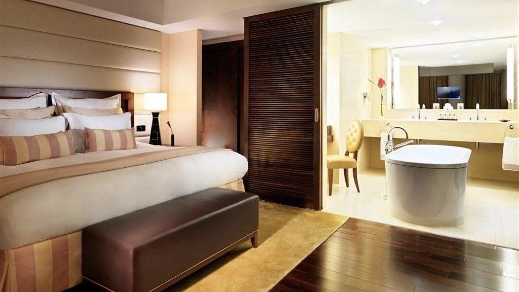 Deluxe Zimmer, Jumeirah Frankfurt