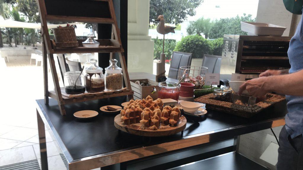 Hotel Las Arenas Balneario Frühstück 16
