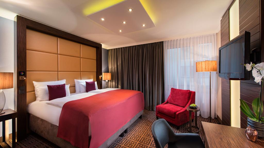 Hotel Palace Berlin Business Zimmer