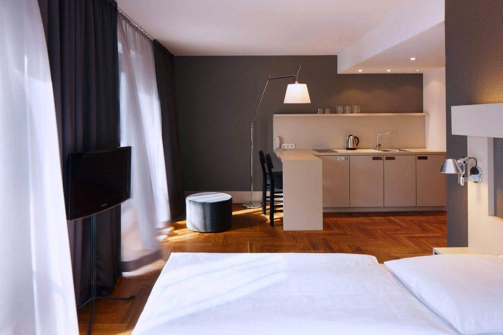 AMANO M Apartment Header