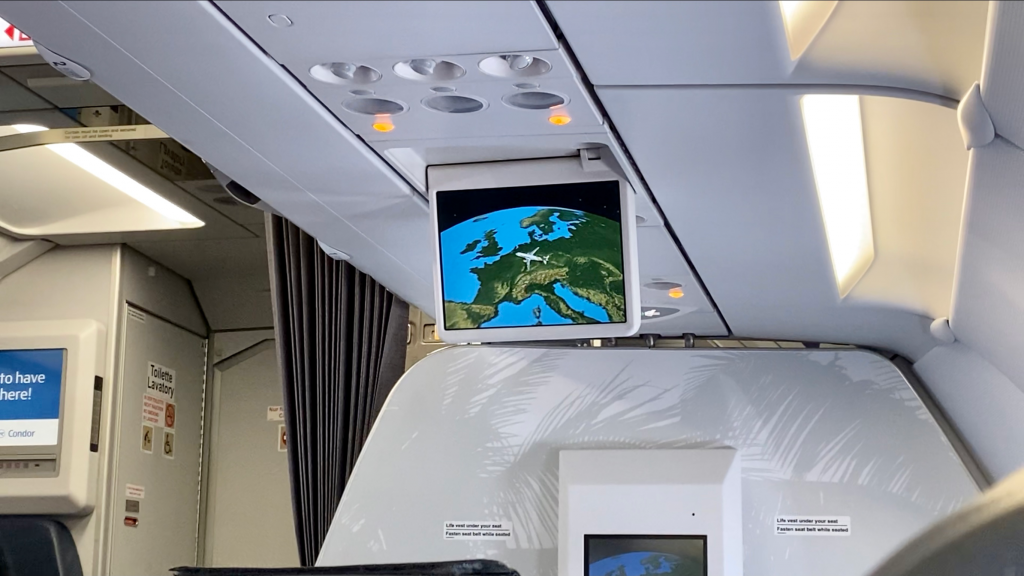 Condor Airbus A320 Business Class Annehmlichkeiten 7
