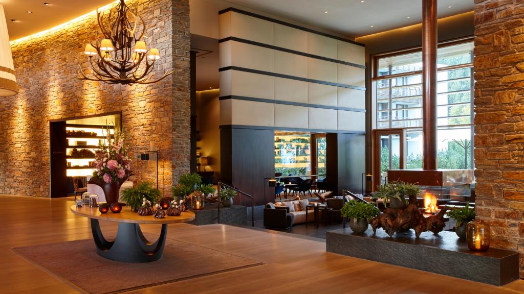 Kempinski Hotel Berchtesgaden Lobby