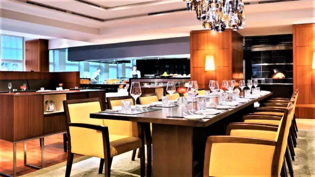 Park Hyatt Haburg Restaurant