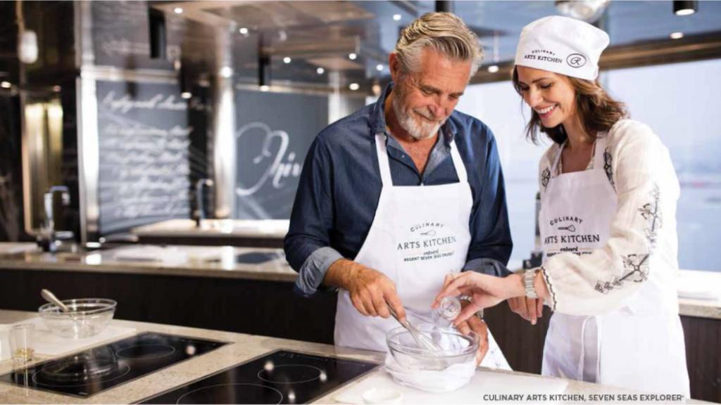 Regent Seven Seas Explorer Culinary Arts Kitchen auf Deck 11