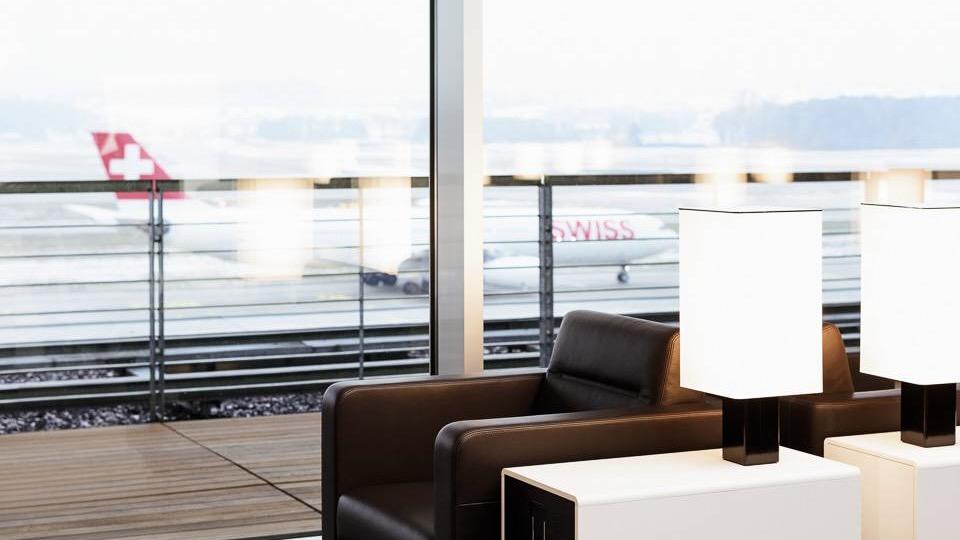 Swiss Lounge Dock E 14.59.38