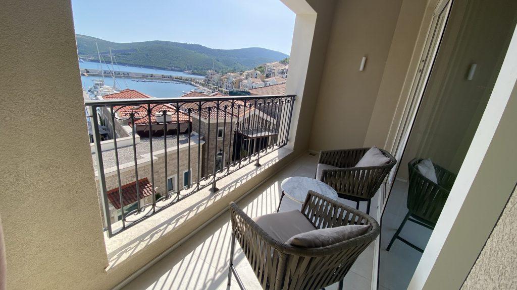 The Chedi Lustica Bay Balkon5