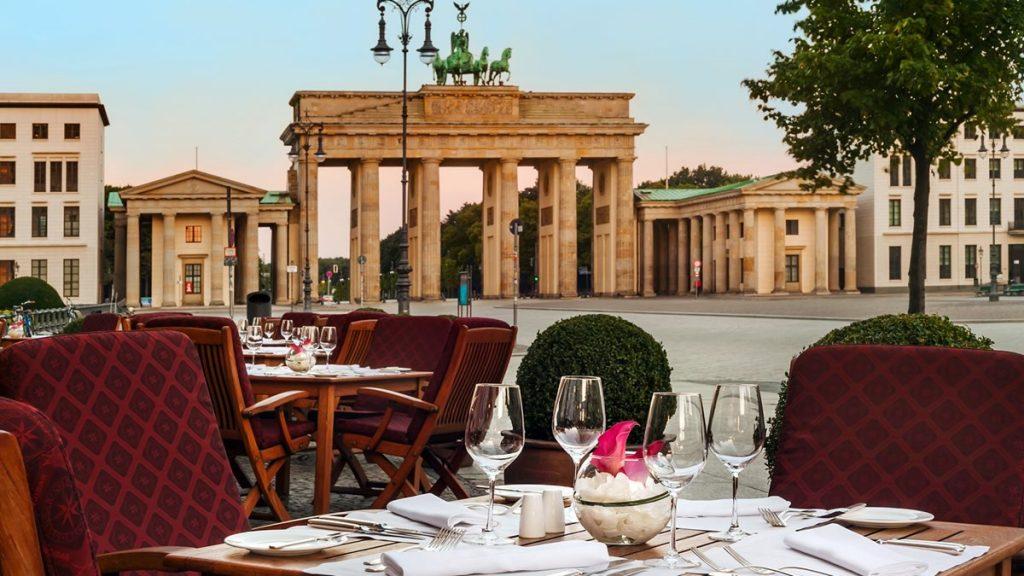 Adlon Kempinski Berlin Terrasse