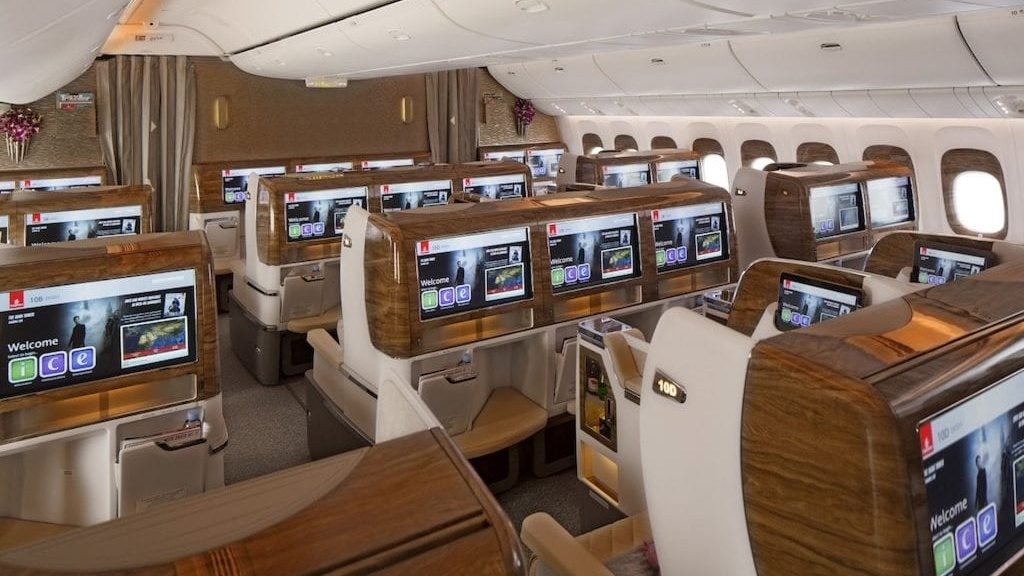 Emirates Neue Business Class Cabin On Boeing 777 300ER 2 1024x683 Cropped
