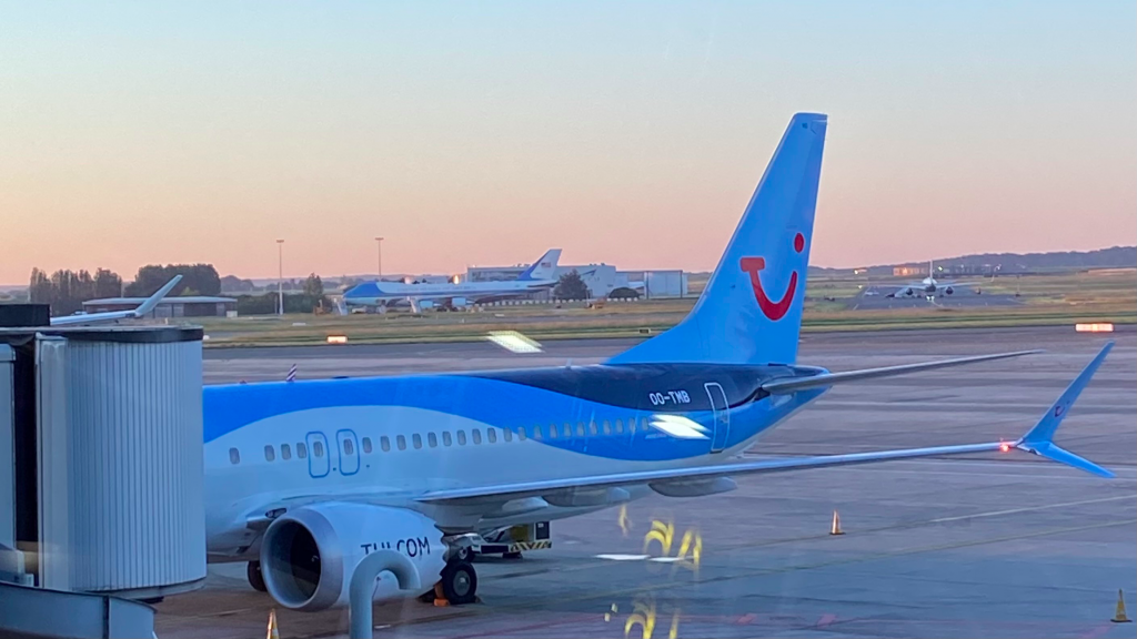 TUIfly Belgium Boeing 737 MAX Air Force One Boeing 747
