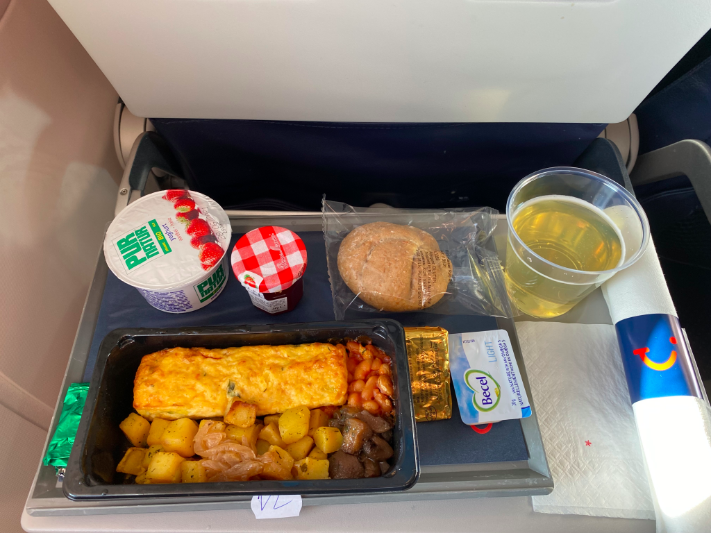 TUIfly Belgium Fly Deluxe Catering