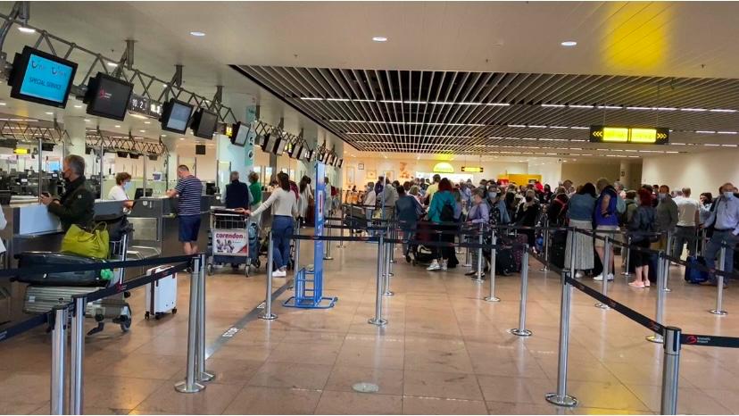 TUIfly Belgium Check-in Brüssel