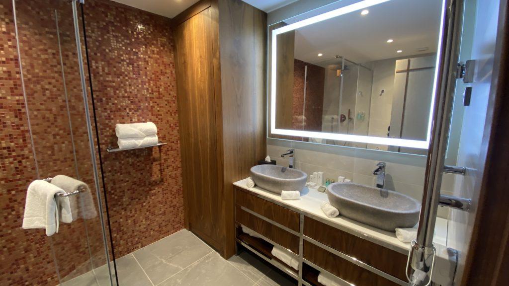 Ananti Resort Montenegro Bewertung Bad Und Waschbecken1