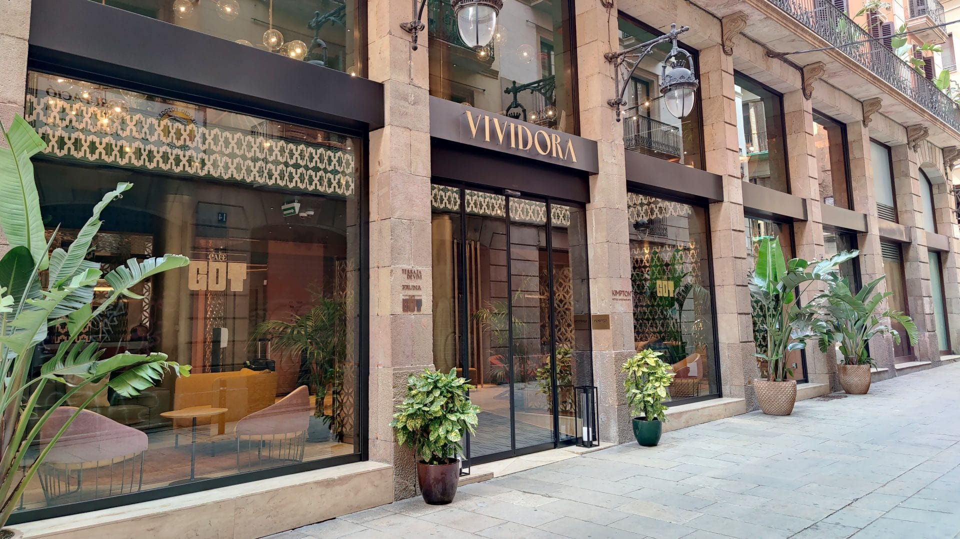 Kimpton Vividora Barcelona Eingang 3