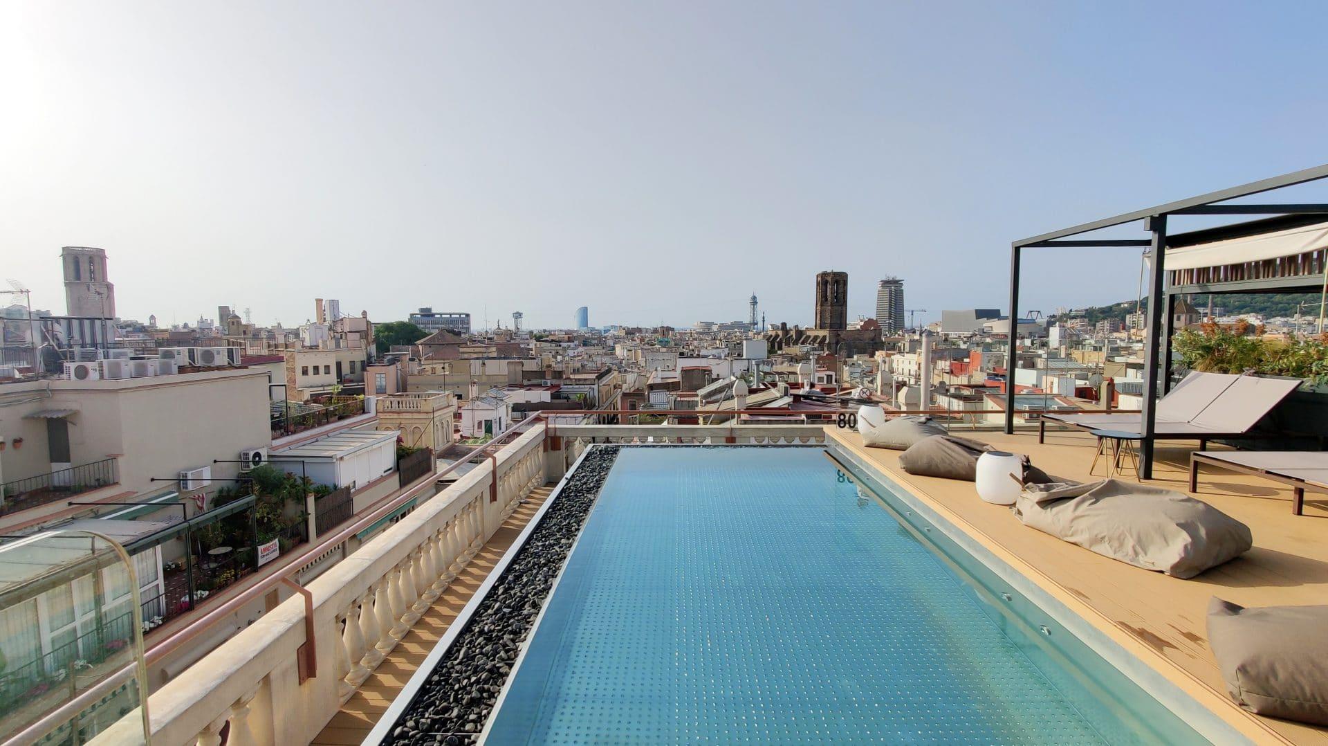Kimpton Vividora Barcelona Rooftop Pool 2
