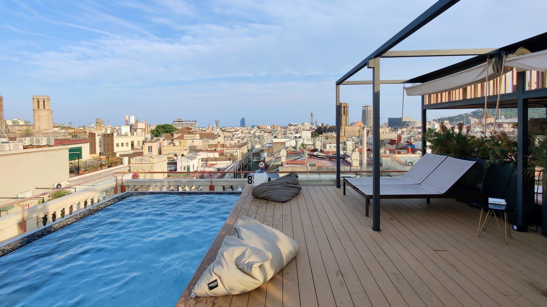 Kimpton Vividora Barcelona Rooftop Pool 4