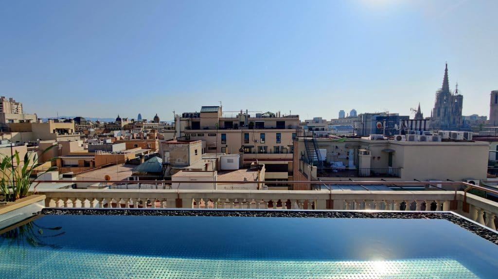 Kimpton Vividora Barcelona Rooftop Pool 6