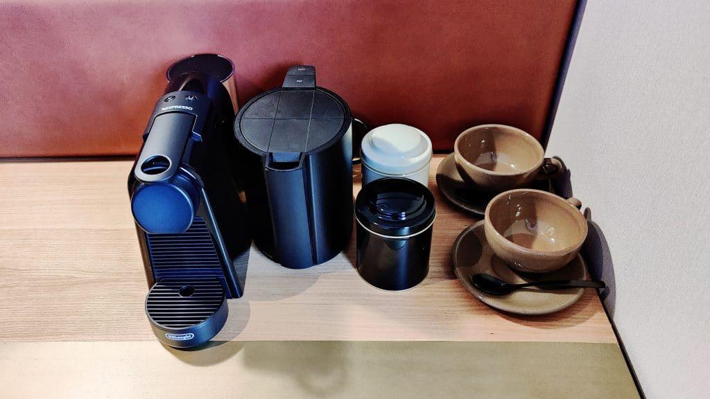Kimpton Vividora Barcelona Zimmer Kaffeemaschine
