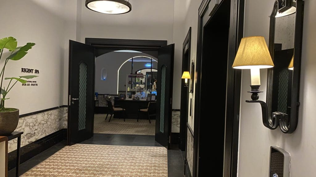 Regent Porto Montenegro Eingang202