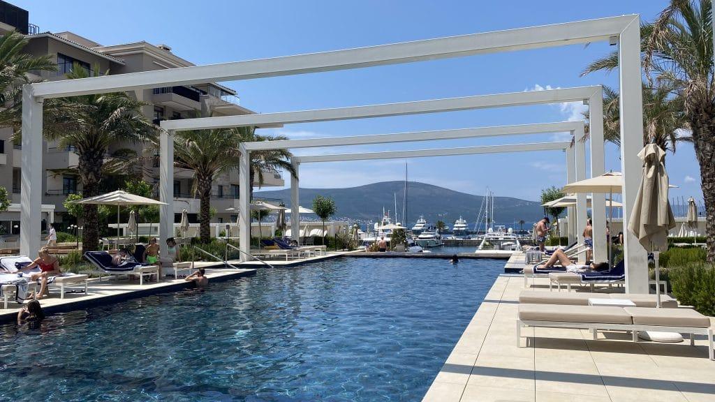 Regent Porto Montenegro Pool203