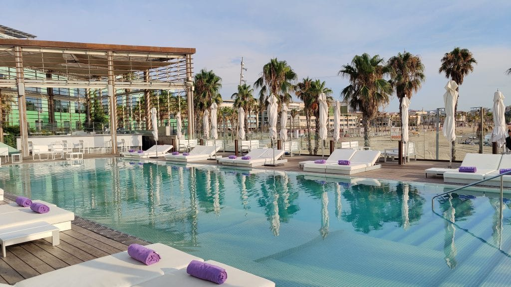 W Barcelona Pool 4