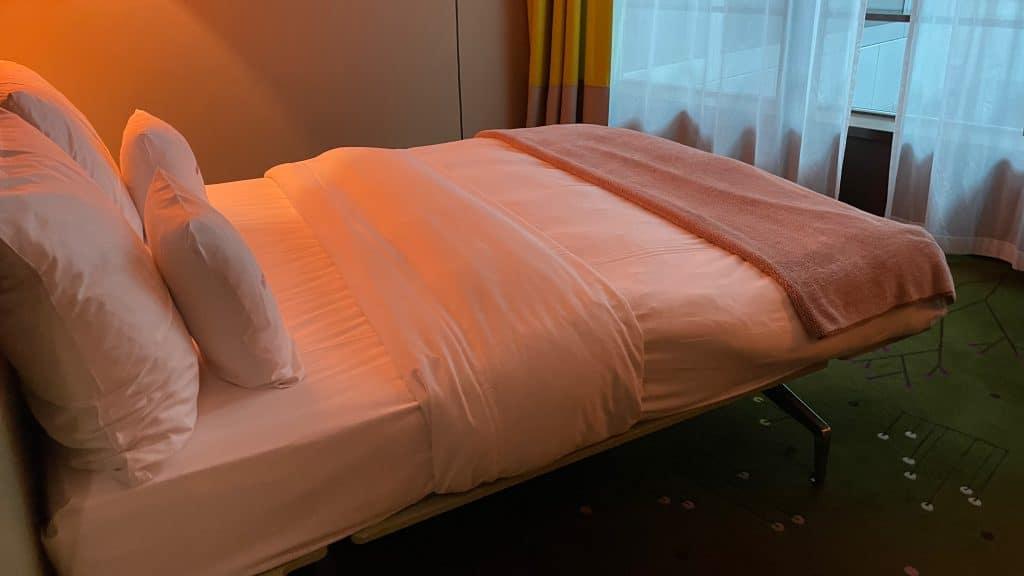 25hours Hotel Zuerich West Bett