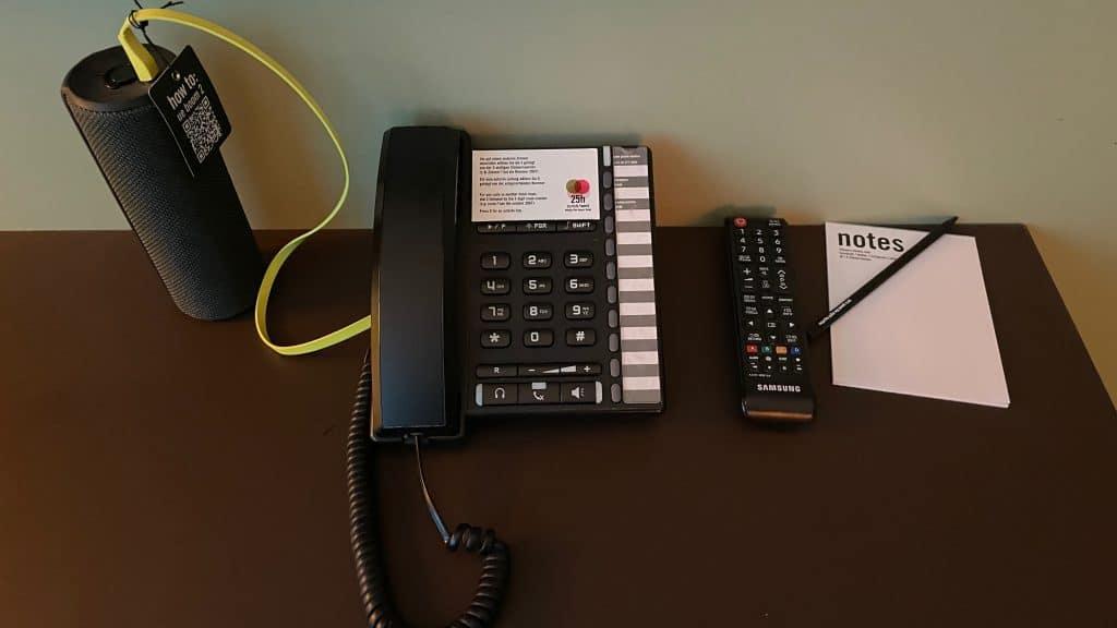 25hours Hotel Zuerich West Telefon Und Box
