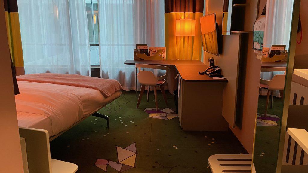 25hours Hotel Zuerich West Zimmer