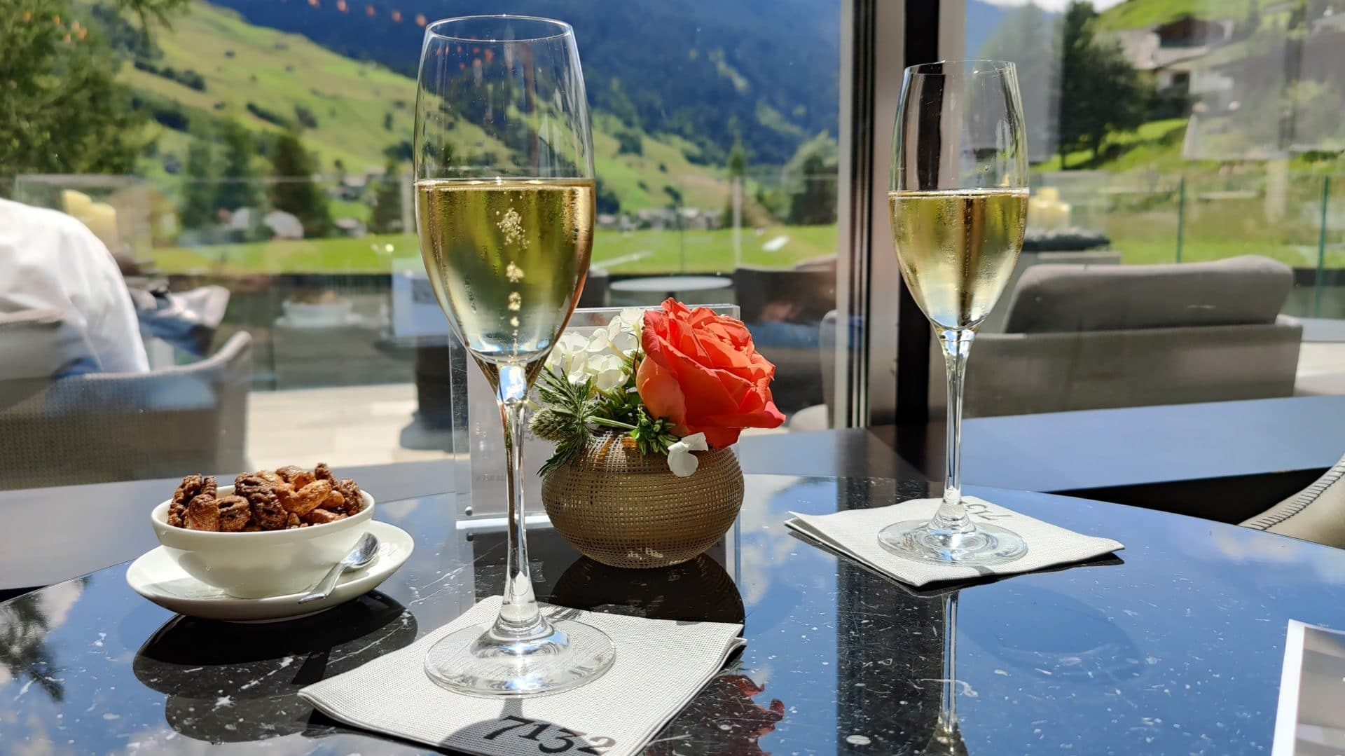 7132 Hotel Vals Champagner