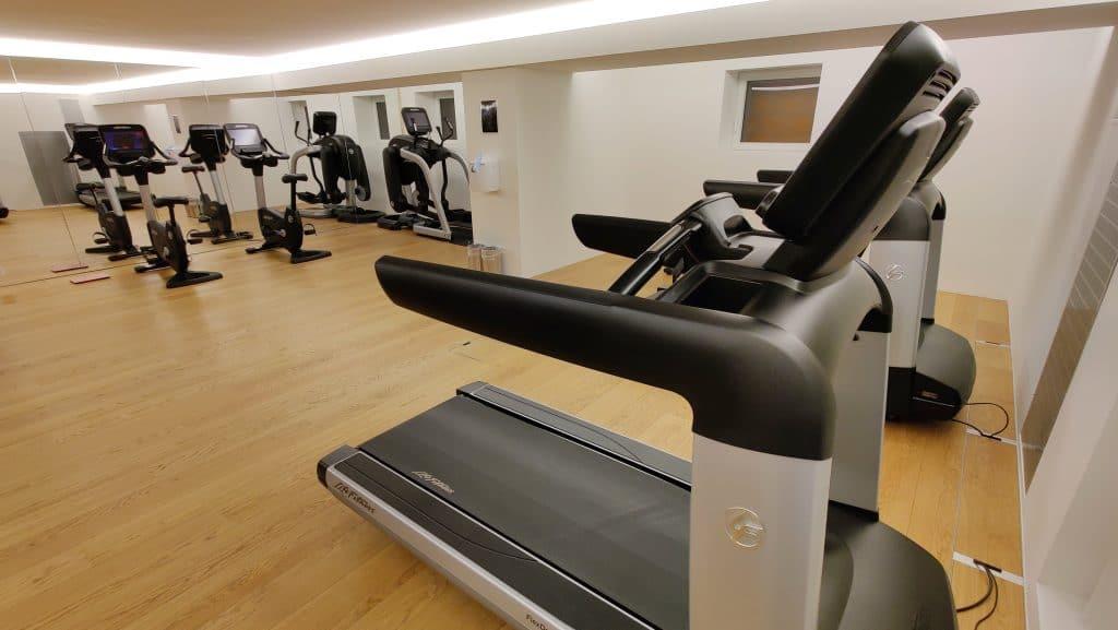 7132 Hotel Vals Fitness Cardiotraining