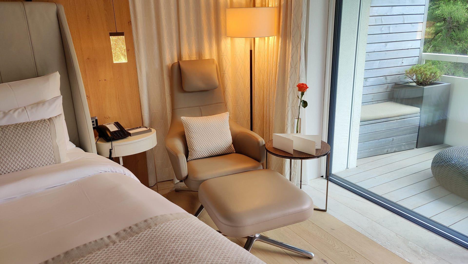 7132 Hotel Vals Spa Deluxe Zimmer Liege