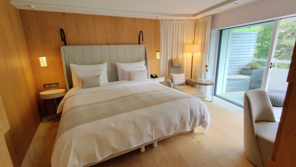 7132 Hotel Vals Spa Deluxe Zimmer Schlafzimmer 3