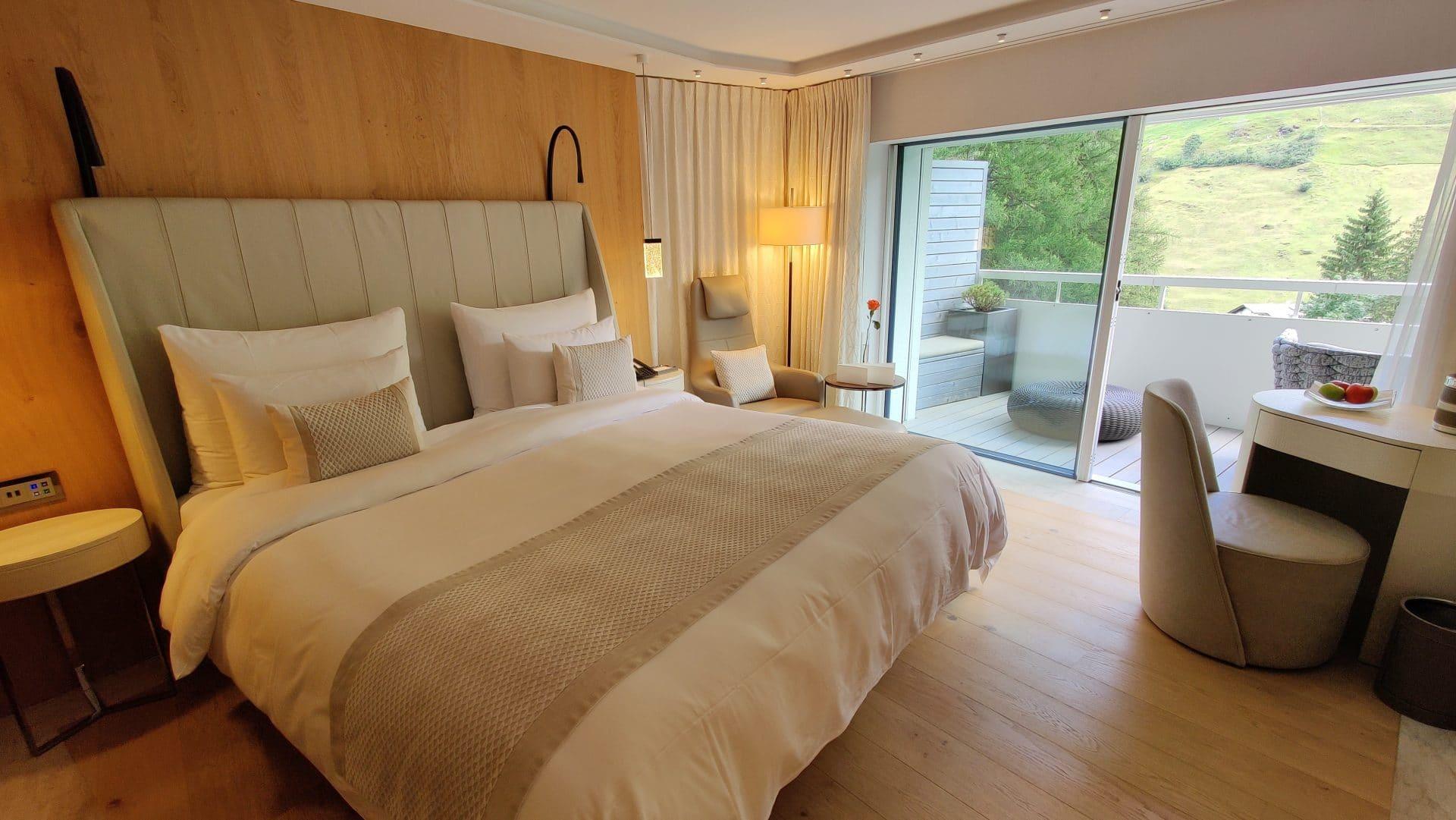 7132 Hotel Vals Spa Deluxe Zimmer Schlafzimmer