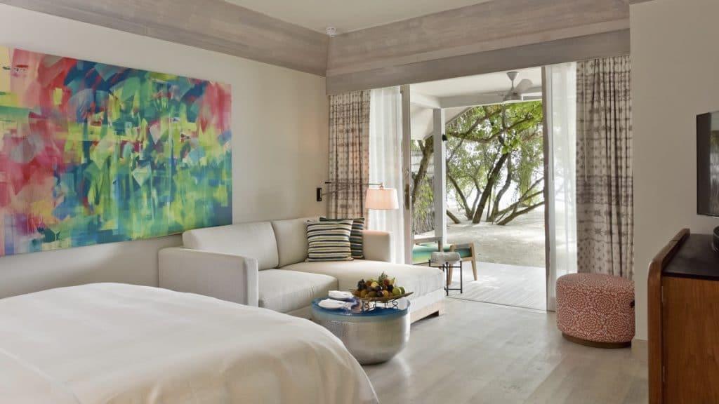 Six Senses Kanuhura Beach Villa Zimmer