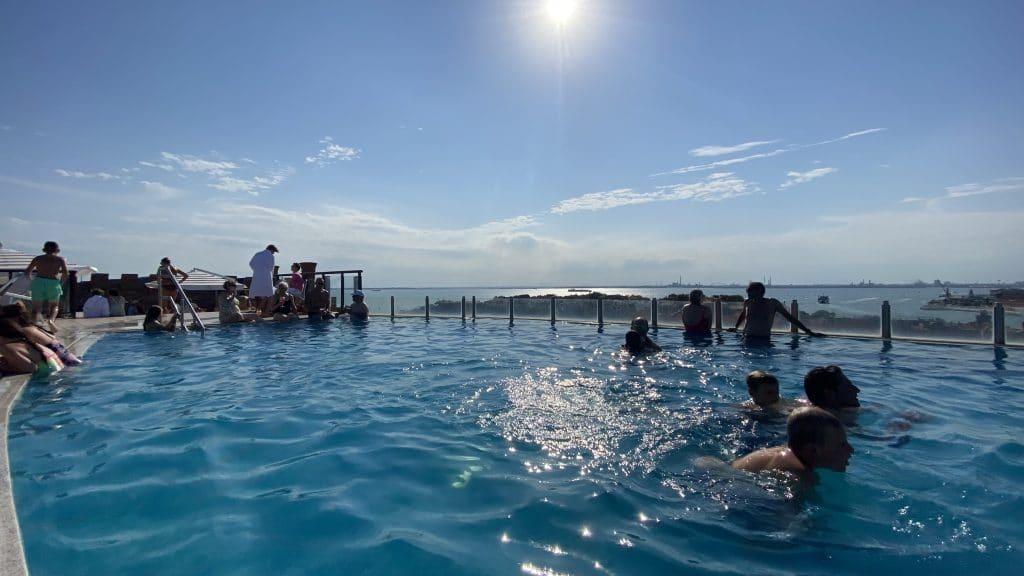 Hilton Molino Stucky Venedig Pool 1 1