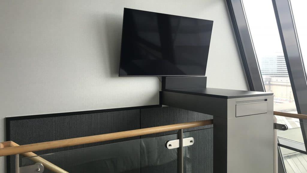 Sofitel München Bayerpost Duplex Suite TV