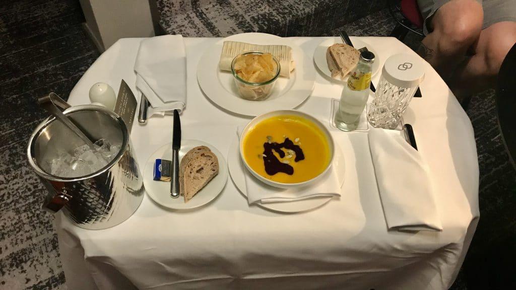 Sofitel München Bayerpost   Room Service