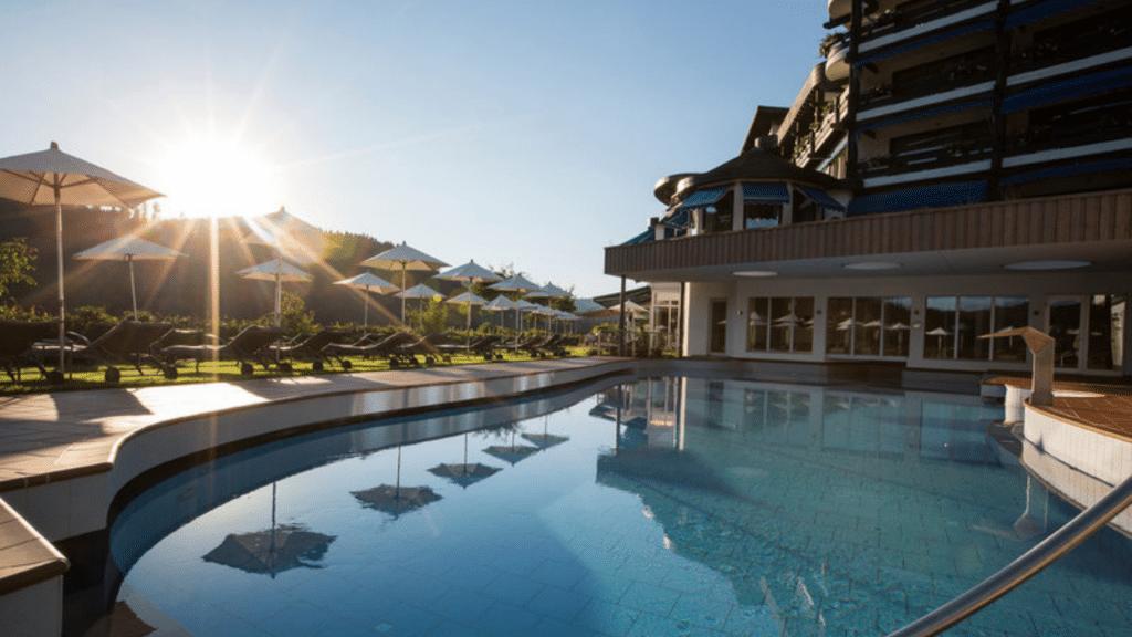 Hotel Traube Tonbach Aussenpool